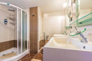 Villa Roses Apartments & Wellness, Apartmány  Ičići - big - 122