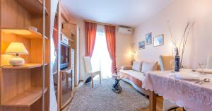 Villa Roses Apartments & Wellness, Apartmány  Ičići - big - 74