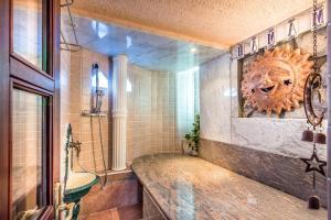 Villa Roses Apartments & Wellness, Apartmány  Ičići - big - 63