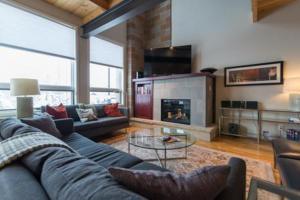 2887 Blackhawk Townhomes - Apartment - Steamboat