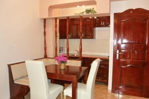 Villa Roses Apartments & Wellness, Apartmány  Ičići - big - 35