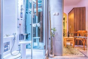 Villa Roses Apartments & Wellness, Apartmány  Ičići - big - 171