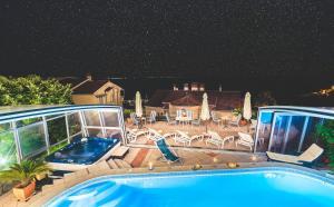 Villa Roses Apartments & Wellness, Apartmány  Ičići - big - 156