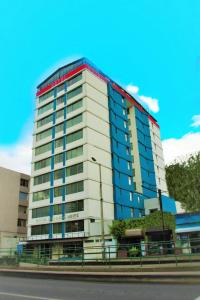 Hotel 6 De Diciembre