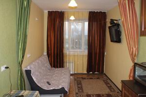 (Studio Apartment on Halturinskiy)