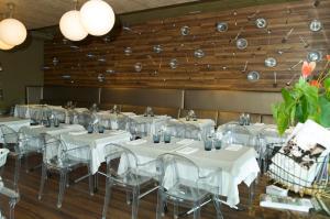 Hotel Roca Plana, Hotely  L'Ampolla - big - 16