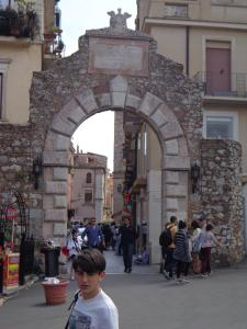 Casa Fabiana, Apartmanok  Taormina - big - 43