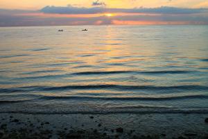 Lagunde Beach Resort, Курортные отели  Ослоб - big - 21
