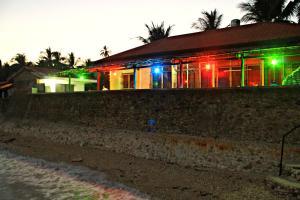 Lagunde Beach Resort, Курортные отели  Ослоб - big - 4