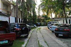 Lagunde Beach Resort, Курортные отели  Ослоб - big - 20