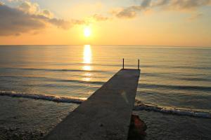 Lagunde Beach Resort, Курортные отели  Ослоб - big - 19