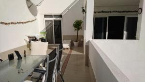 Sunset Bay Self-catering Apartments, Apartments  Adeje - big - 30
