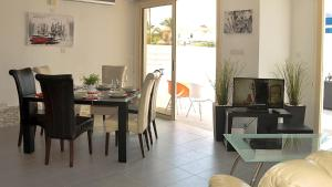 Oceanview Villa 201