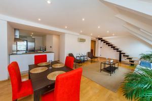 Charles Square Duplex Apartment, Ferienwohnungen  Prag - big - 14