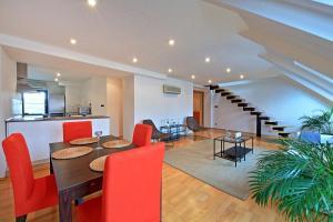 Charles Square Duplex Apartment, Ferienwohnungen  Prag - big - 9