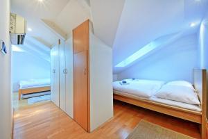 Charles Square Duplex Apartment, Ferienwohnungen  Prag - big - 16