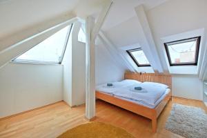Charles Square Duplex Apartment, Ferienwohnungen  Prag - big - 15