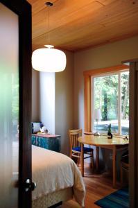 Henderson Beach Guest House