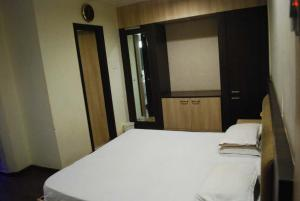 Polo Rooms Raipur Railway Station, Apartmanok  Rájpur - big - 1