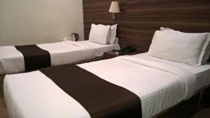 Polo Rooms Jail Road, Апартаменты  Raipur - big - 3