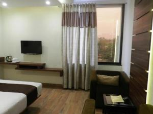 Polo Rooms Jail Road, Apartmány  Raipur - big - 6