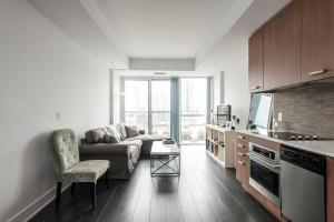 Торонто - Beautiful King West Apartment