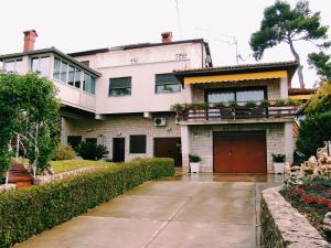 Apartments Maria Nada