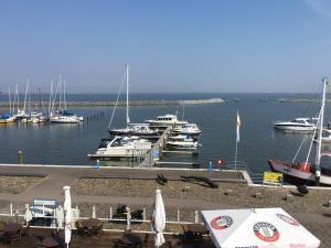Sur la Mer - Pension & Restaurant