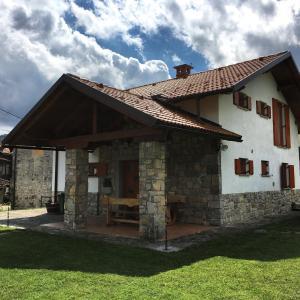 Guesthouse Hiša Čarman