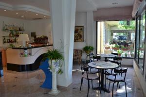 Hotel Tonti, Hotely  Misano Adriatico - big - 29