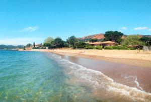 Residence Agathos (un jardin sur la plage)