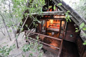 豪鲁维河旅舍 (Hluhluwe River Lodge)