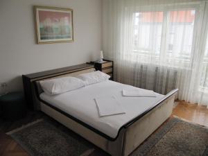 Apartment Maja, Апартаменты  Цриквеница - big - 5
