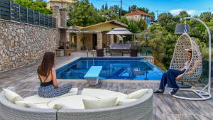 Luxurious Villa Kastro with Salt Water Swimming Pool, Ville  Nikiana - big - 66