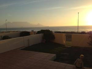 Blouberg Beachfront Apartment