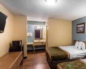 Econo Lodge Pryor, Hotels  Pryor - big - 13