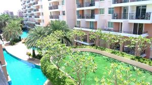 Piscina Paradise Park Pattaya Apartments