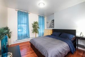 Studio Apartments in the Heart of Times Square