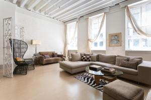 onefinestay - Downtown West apartments III