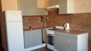 Alie Parusa Guest House, Guest houses  Adler - big - 22