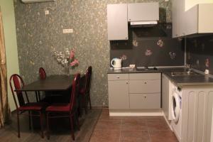 Alie Parusa Guest House, Affittacamere  Adler - big - 20