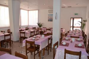 Hotel Tonti, Hotely  Misano Adriatico - big - 54