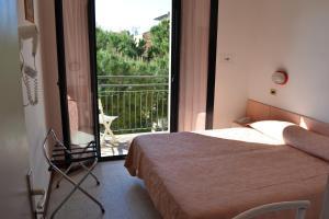 Hotel Tonti, Hotely  Misano Adriatico - big - 22