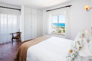 2 Bedroom Apartment With Ocean Views, Apartments  Luz - big - 6
