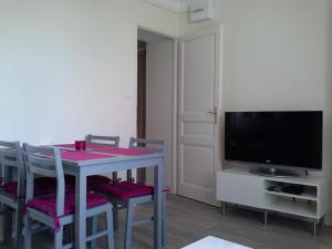 One-Bedroom Apartment (4 Adults) Les Marinettes - Les Halles