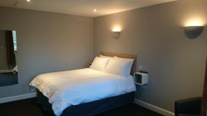 Woodland Rooms at Woodland Waters