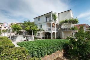 Apartments&Rooms SB, Неум