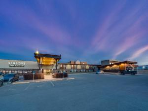 Heritage Inn Hotel & Convention Centre Pincher Creek