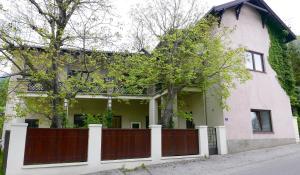 Payerbach Apartments
