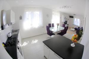 Apartments Martina, Apartmány  Zadar - big - 60